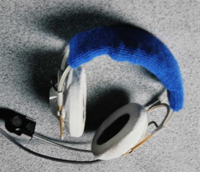 Click to enlarge image headset_cover.jpg