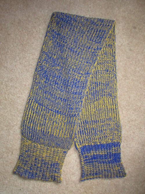 Click to enlarge image jacquard_knitted_chunky_ribbed_scarf_01.jpg